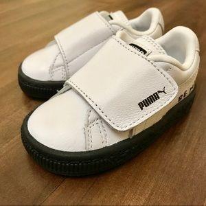 Brand New PUMA Toddler Basket Strap Sneaker Sz 4